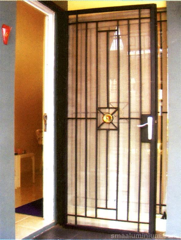 Watermarked Contoh Pintu Teralis Besi Klasik Minimalis Galeri